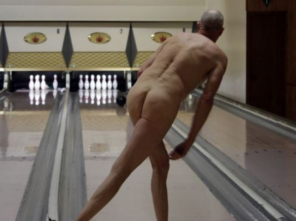 women bowling naked