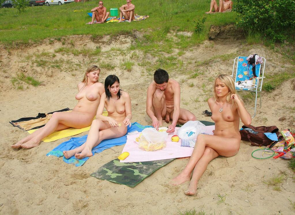 stories Threesome nudist