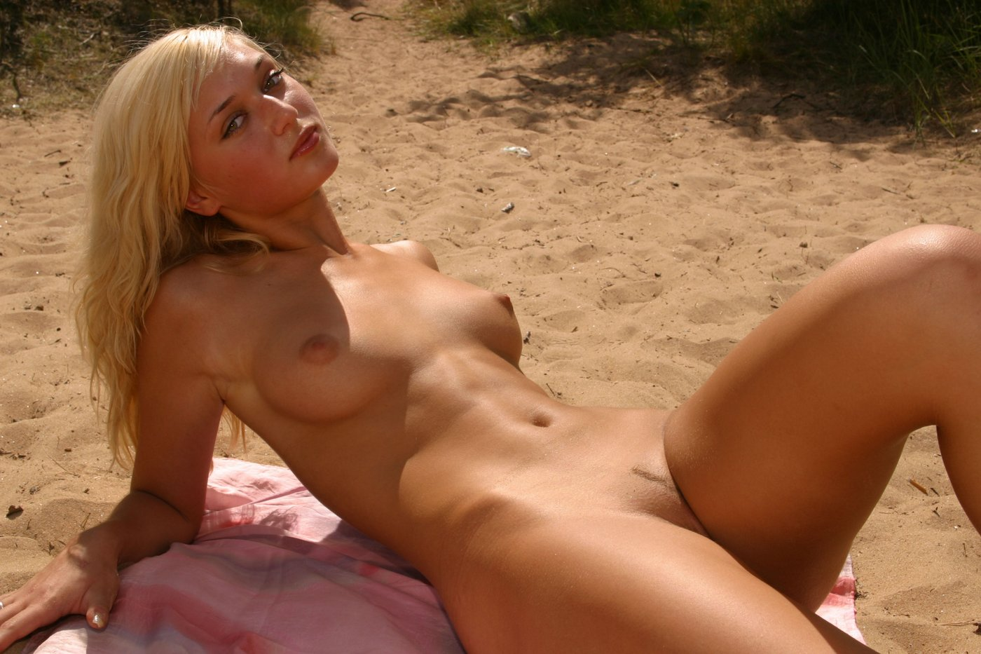 Due time French nudist beach sex for the